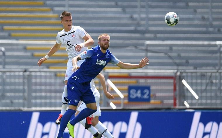 1:1 in Karlsruhe: Diamantakos trifft, Himmelmann pariert Elfmeter