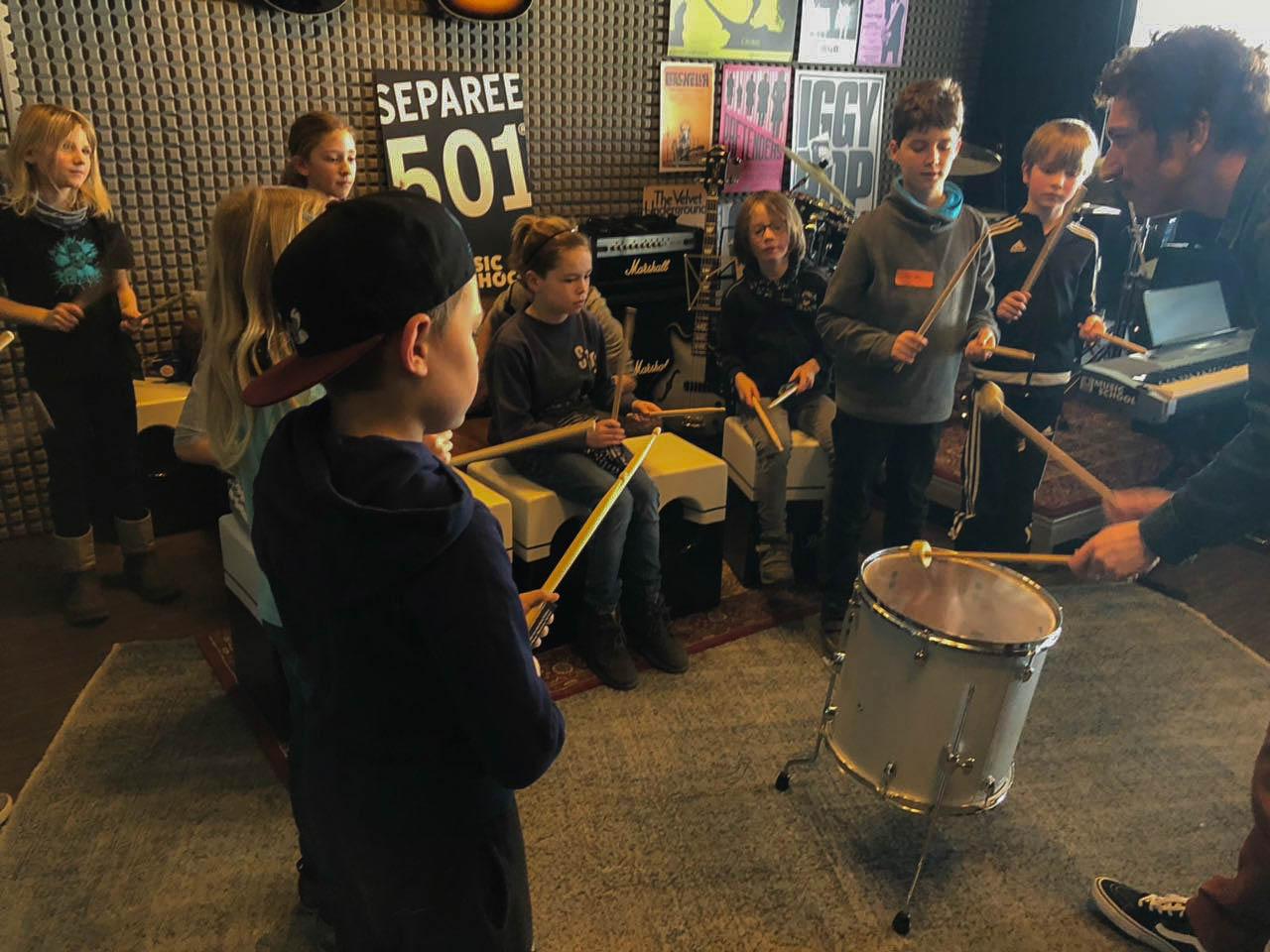Rabauken rocken Kinderblock beim Heimspiel gegen Kiel