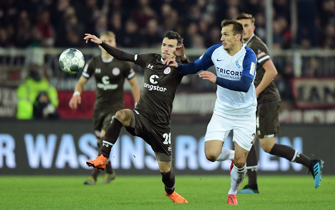 Waldemar Sobota zeigte gegen Bochum eine starke Leistung und traf zum 1:1, zu drei Punkten sollte es aber nicht reichen.