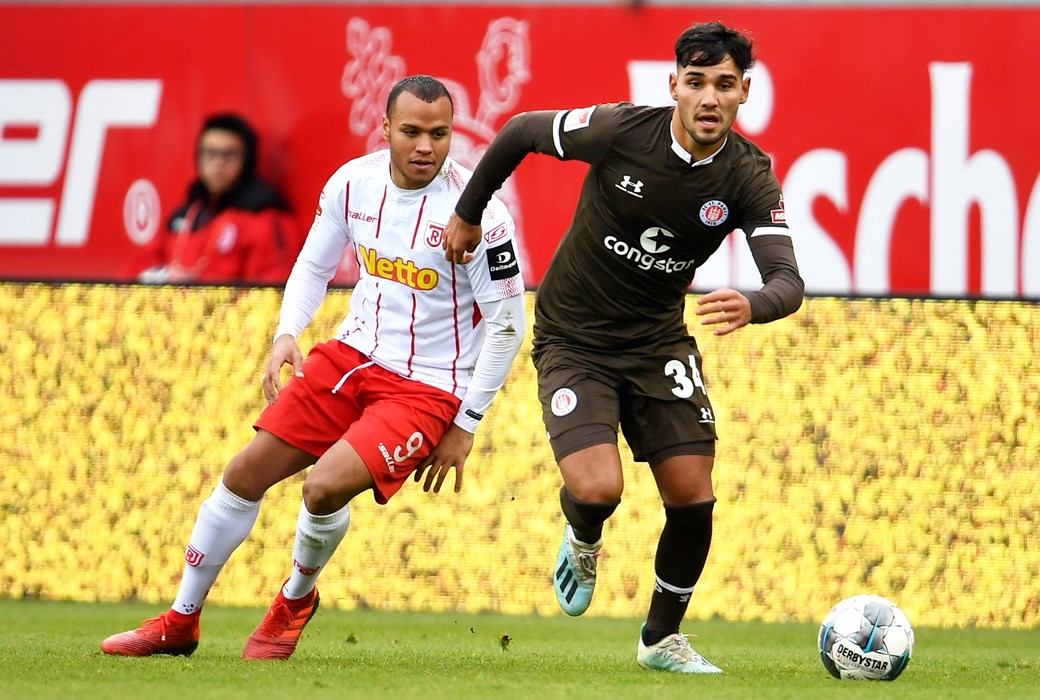 Mert Kuyucu zeigte bei seinem Profidebüt in Regensburg eine gute Leistung.