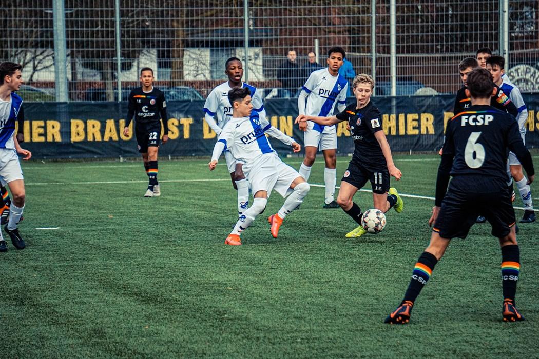 Eric da Silva Moreira, Piet Scobel, Niklas Jovanovic und Luis Jahraus (v.l.n.r.) wollen gegen Meppen wieder einen Dreier einfahren.